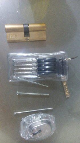 Cilindro De Seguridad Multilock Marca Mexin Importada 70 Mm