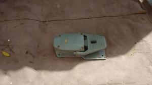 Pedal Electrico Para Maquinaria 20 Amp.