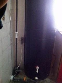 Tanque De Agua De 560 Litros Con Su Bomba 1/2