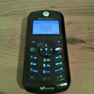 Telefono Celular Motorola de Chip solo Movistar Excelente