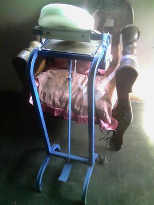 Máquina Selladora de Chupis.