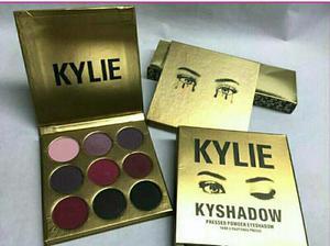 Paleta De Sombras Kylie En Oferta