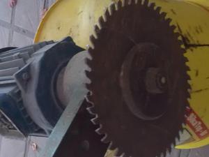 motor de 2hp con cuello soporte