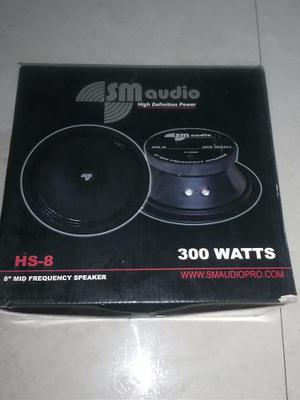 Medio 8 Pulgadas Sm Audio 300 Watts Hs8 Totalmente Nuevo!