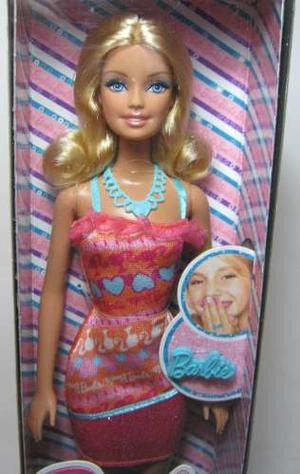 Muñeca Barbie Incluye Anillo Marca Mattel En Varios Modelos