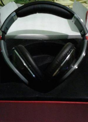 Audifonos Beats By Dr. Dre. En Excelente Estado