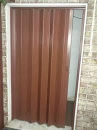 puerta pleglable pvc