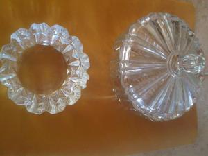 Bombonera y cenicero de cristal tallado