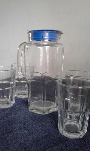Juego de Vidrio: Jarra Y 4 Vasos