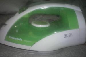 Plancha Panasonic a vapor