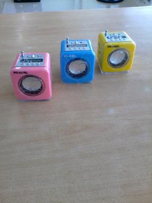 Radio Recargable Portatil Led Fm Usb Mp3 Sd Speaker System