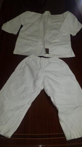 Kimono Karategui Talla= 0.5 Nunca Usado
