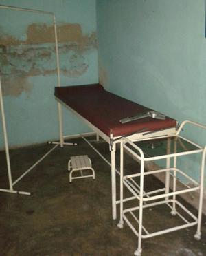 Mobiliario medico y escritorio