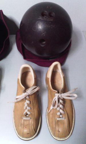 Kit Bola De Bowling Con Zapatos