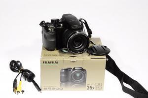 Camara Fujifilm S Profesional Digital 14mpx video hd