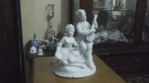 Extraordinaria Figura Porcelana Alemana Numerada Perfecto Es