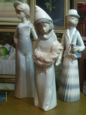 Figura De Porcelana Pastorcita Gallo Belen Marca Lladro