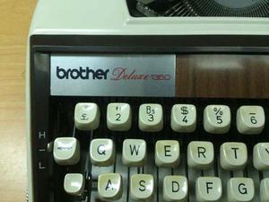 Maquina De Escribir Brother De Luxe