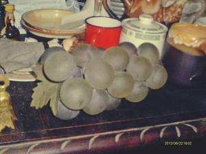 Racimo De Uvas Antiguo Cristal Opaco Hoja De Bronce Color Ve