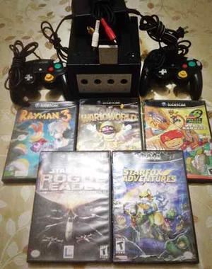 Nintendo Game Cube Original + 2 Controles & 5 Juegos.