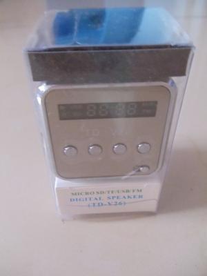 Corneta Radio Recargable Portatil Led Fm Usb Mp3 Sd