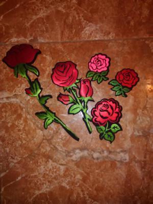 Aplicación Bordada Autodhesiva Flores
