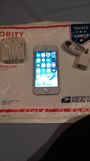 Apple iPhone 5S 16Gb Gold Liberado
