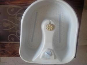 Bañera para los pies en perfecto estado