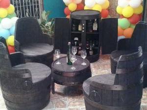 Muebles Barrica 4 Poltronas Mesa Con Vidrio. Y Mini Bar