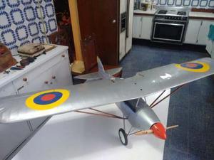 Avión Ala Alta Modelo Parone.