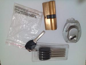 Cilindro De Seguridad Multilock Marca Mexin 70mm