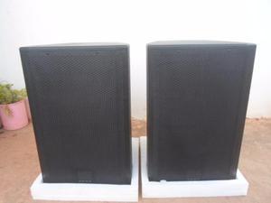Monitores 12 Pulgadas Medios Sound Barrier Y Driver 2 Pulgad