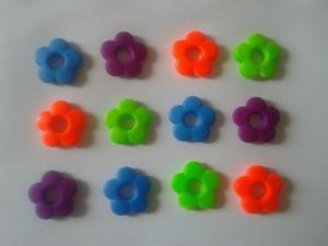 Dijes Flores Neon Material Bisuteria Botones