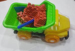 Camiones De Playa Con Sus Accesorios.