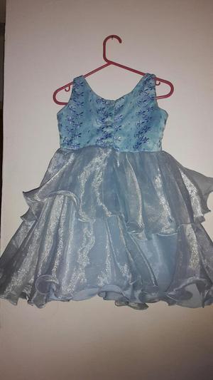 Vendo Vestido Azul Claro para Nina Usado