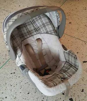 Porta Bebé Con Base Para El Carro