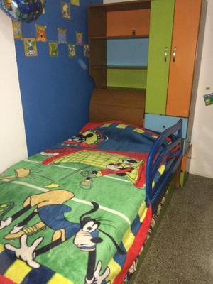 Se vende cama modular con escritorio poco uso posot class for Cama modular infantil