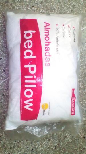 Almohadas tamaño Standard Marca Bed Pillow