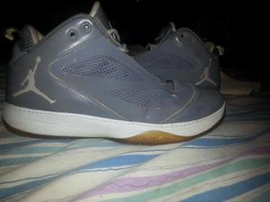 Vendo O Cambio Botas Jordan Originales