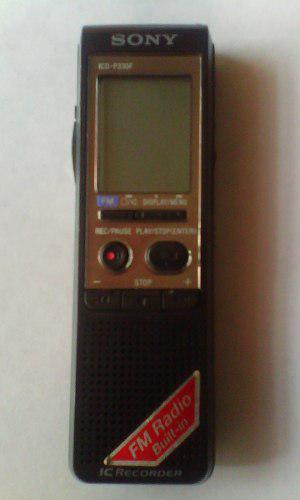 Grabadora Digital Sony Icd-p330f Con Radio Fm