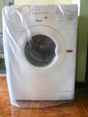 Lavadora secadora Whirlpool modelo LSCF  KG