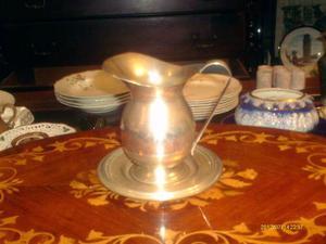 Jarra Antigua Con Su Plato De Silver Plated Buen Diseño