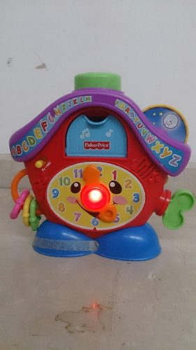Reloj Cucu Fisher Price Usado