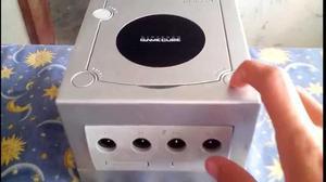 Game Cube 4 Controles Sus Cables Y 2 Juegos