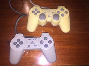 Playstation 1 Sony Con Dos Mandos, Forros Y Juegos Incluidos