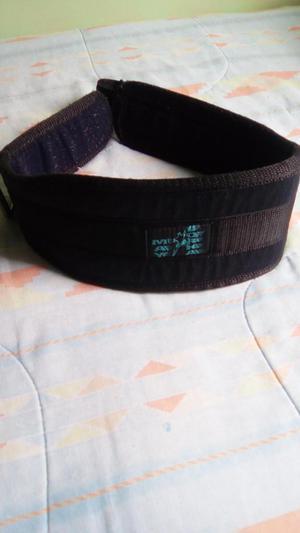 Cinturon para levantamiento de pesas GYM