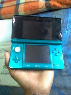 Nintendo 3ds Con Forro, Caja, Cargador Y Papeles
