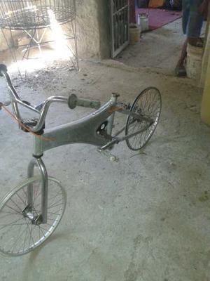 Vendo A Buen Precio Bicicleta Montañera En Aluminio