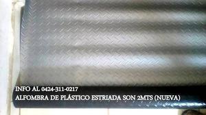 ALFOMBRA PLÁSTICA ESTRIADA
