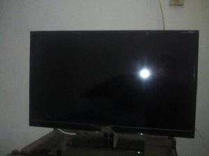 SE VENDE TV 32 PULGADAS LCD